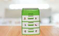 RFL 6 Compartments plastic Any kind of small items storage box. Basically Use on the Desk  (Green, White)RFL 6 Compartments Plastic Any kind of Small Items storage box, Basically Use on the Desk  (Green & White)