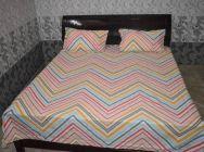 YadavEnterprises 150 TC Cotton, Polyester Double King, Double Geometric Bedsheet (Pack of 1) | (Multi-Color)