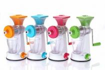 Plastic Fruit Juicer With Glass Easy turn handle for hassle-free juicing Random Color will be Ship (Pack of 1)