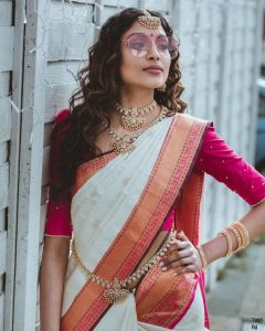 Soft Silk Fabric with Heavy Jacquard work Saree For Women's