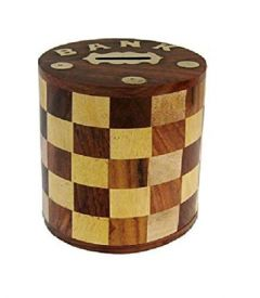Handcrafted Antique Chess Pattern Embossed Cylindrical Wooden Money Bank (Yellow Brown 5-inch)