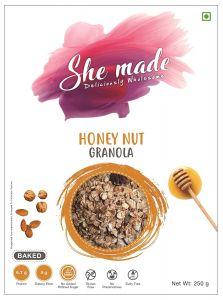 She Made Honey Nut Granola (250 gm)