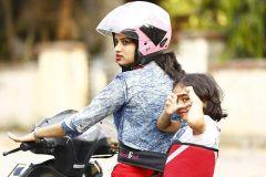Kidsafe Two Wheeler Child Safety Seat Belt, Sport Red