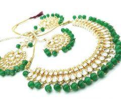 Haute Fashion Kunzite Stones Jewellery Set for Women (Green)