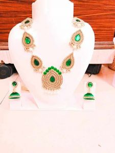 CATALYST Traditional Designer Stylish Pearl Necklace Set With Choker Set and Earrings (Green)