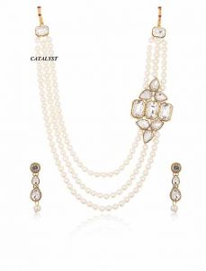 CATALYST Fashionable and Stylish Pearl Necklace With Earrings Jewellery Set For Womens