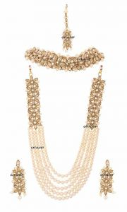 CATALYST Traditional and Stylish Pearl Necklace With Earring and Maang Tikka For Women & Girls (Golden)