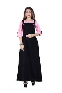 Women's Crepe Stunning Looking Solid Dress (Black & Pink)