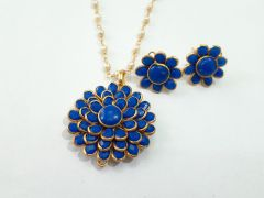 Astrogemsindia Fashionable Flower Design Necklace White Pearl Chain Pendent Set with Earrings (Blue)