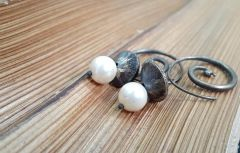 Astrogemsindia Natural and Fashionable 92.5 Sterling Silver Designer Wooden Pattern with White Round Pearl Earring for Women & Girls