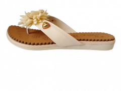 Women's Fashion & Stylish Pad Slipper (Golden)