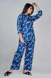Traditional Cotton Floral Printed Nightwear Suit With Palazzo For Women's (Blue)