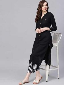 Regular Fit Rayon Solid Kurta With Trouser For Women's (Black)