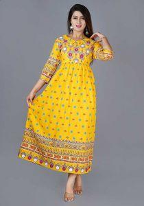 Fashionable and Stylish Rayon Printed Kurta With Gotta Lace For Women's (Mustard)