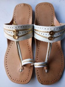 JYOTI FOOTWEAR Women's Attractive & Comfortable Leather Flats