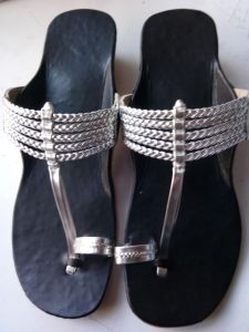 JYOTI FOOTWEAR Women's Leather Flat Sandal & Slippers