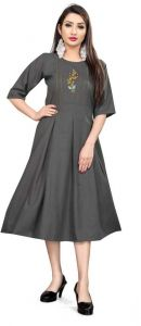 Women Fashionable Embroidered Cotton Blend A-line Kurta For Casual Wear (Grey)