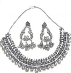 Beautiful Necklace Piece with Elegant Earrings Beautiful Necklace