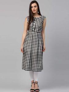 Women Checkered Pure Cotton Straight Kurta (Black)